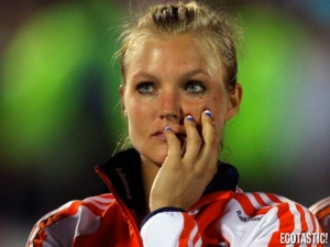 sophie-polkamp-dutch-female-field-hockey-player-in-2012-olympics-12-580x435