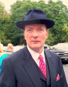 425 blue hats 1